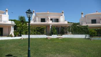 Imobiliário - Vendas - Propriedades no Golfe - 3 Bedroom Detached Villa in Condominium - ID 6279