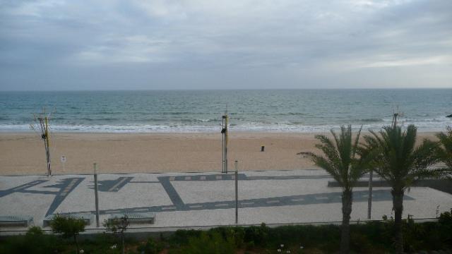 Imobiliário - Vendas - Apartamentos - New Luxury development of 2 and 3 bedroom apartments with stunning views over the Meia Praia beach. - ID 6060