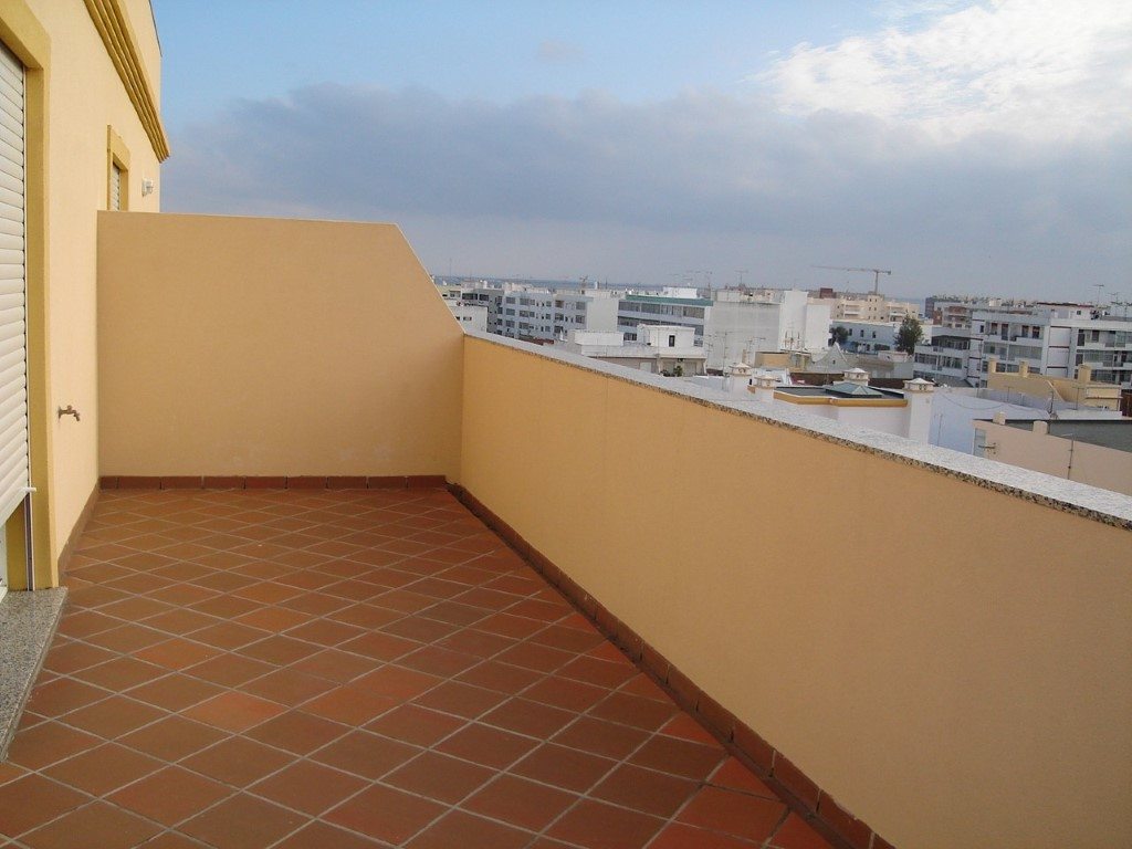 Property_for_sale_in_Olh�o_SMA10847