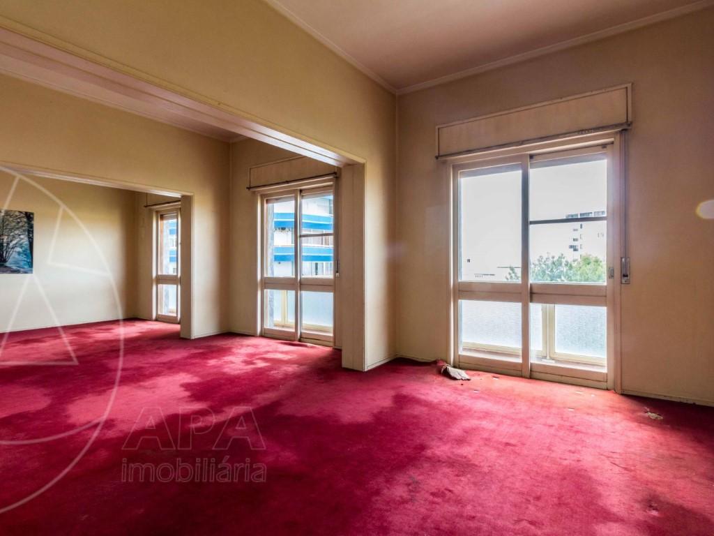 Apartment_for_sale_in_Faro_SMA11086
