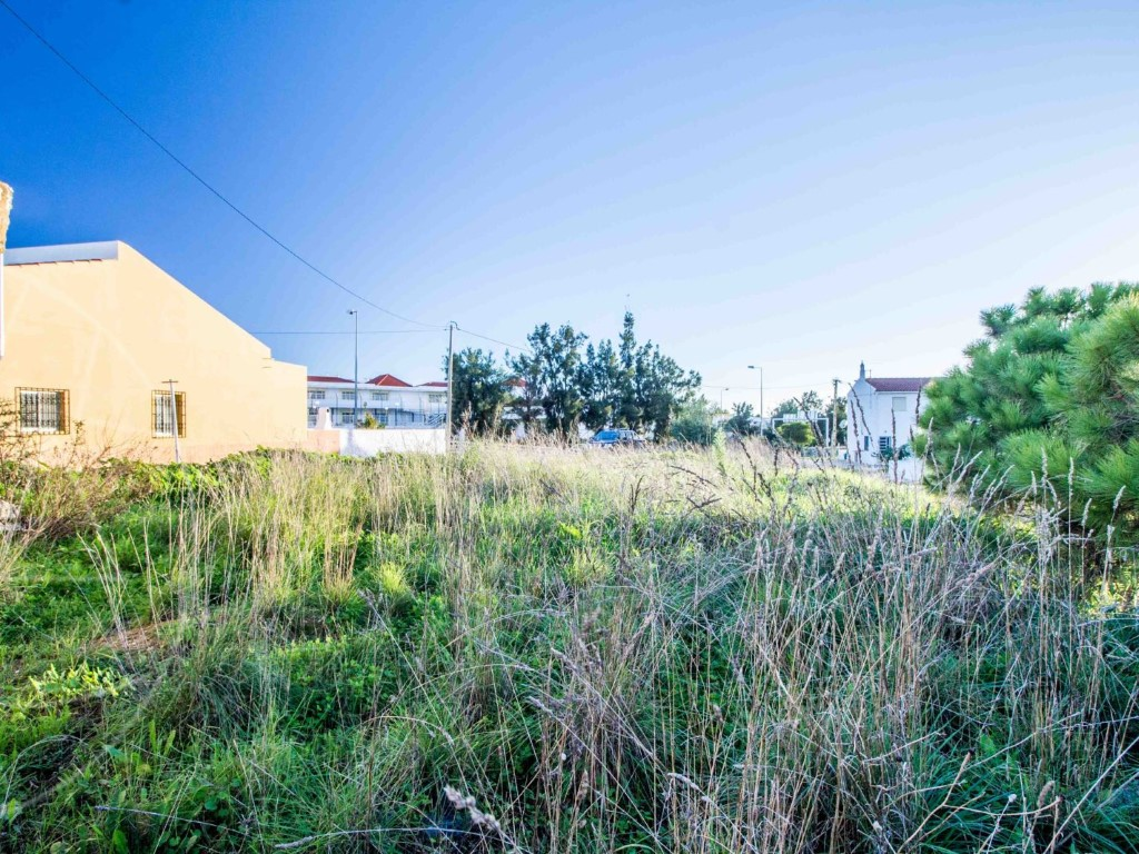 Plot_for_sale_in_Faro_SMA11238