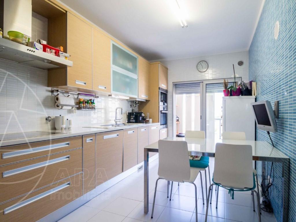 Apartment_for_sale_in_Faro_SMA11268