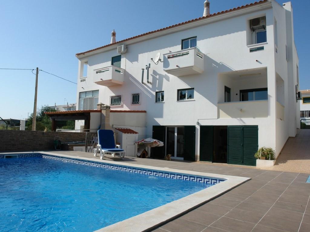 Semi-Detached House_for_sale_in_Faro_SMA11329