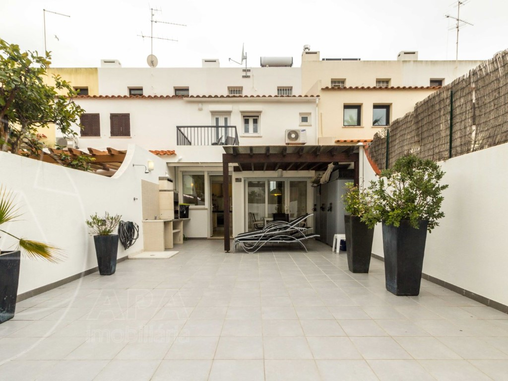 Terraced House_for_sale_in_Loulé_SMA11442