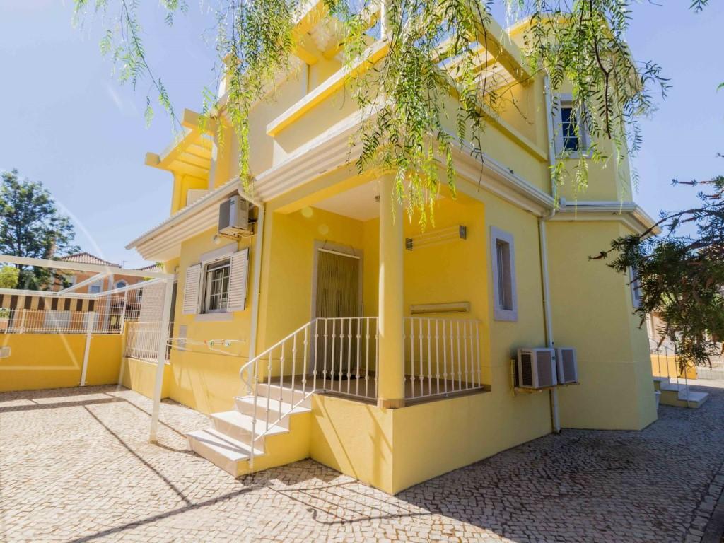 Home_for_sale_in_Faro_SMA11498