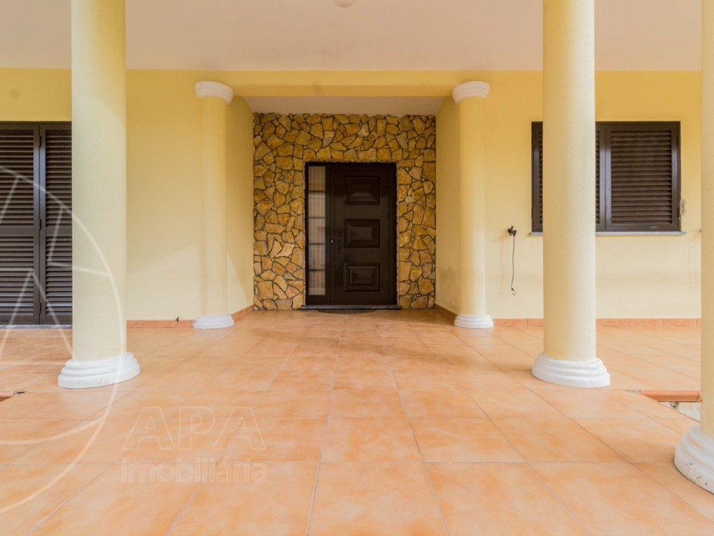 House_for_sale_in_Olh�o_SMA11537