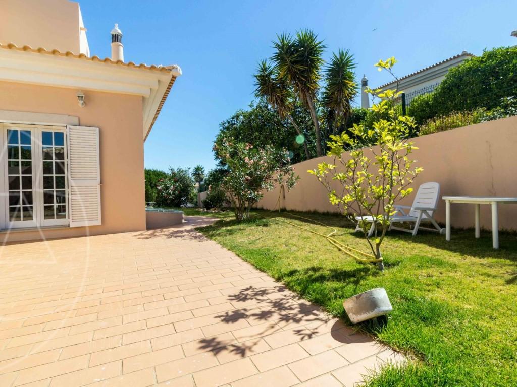 House_for_sale_in_Faro_SMA11586