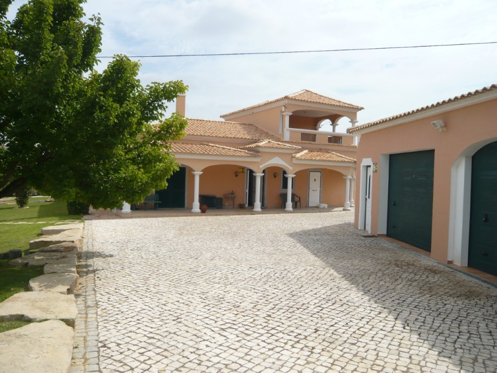 Two-Family House_for_sale_in_Loulé_SMA11682