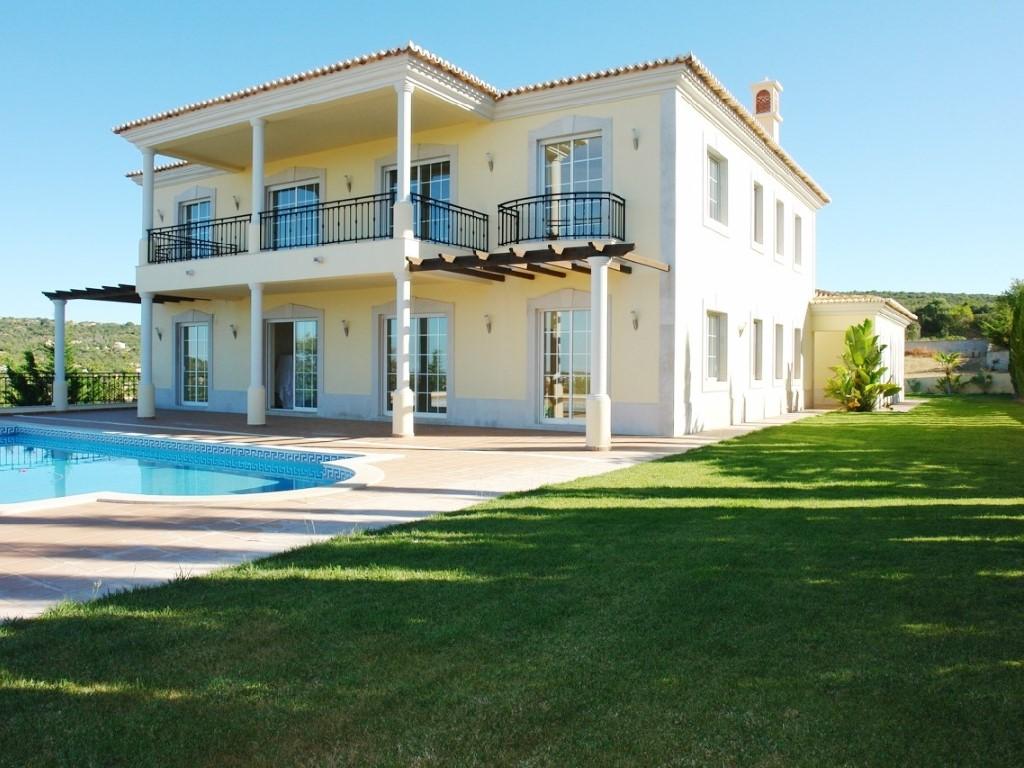 Villa_for_sale_in_Loul�_SMA11688