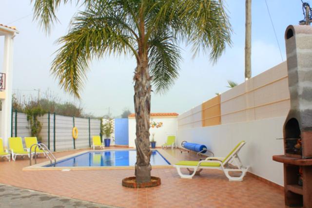 Villa_for_sale_in_Lagos_SMA11937