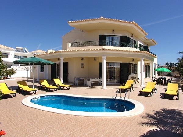 Villa_for_sale_in_Vilamoura_SMA11965