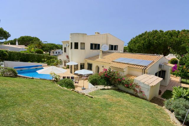 Villa_for_sale_in_Central Algarve_EMA12184