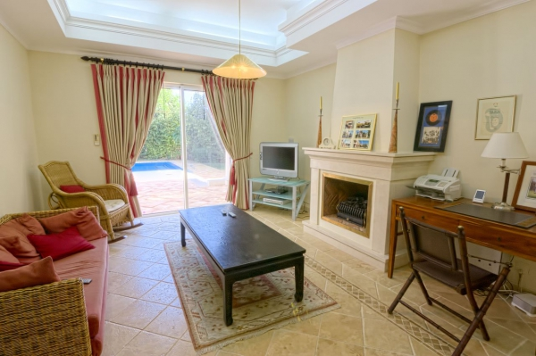Home_for_sale_in_Vilamoura_ema12758