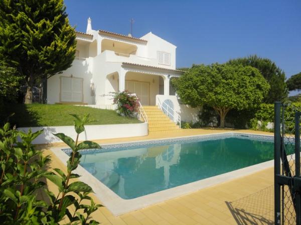 Villa_for_sale_in_Albufeira_SMA12874