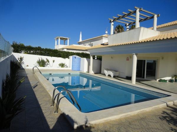 Villa_for_sale_in_Albufeira_SMA12877