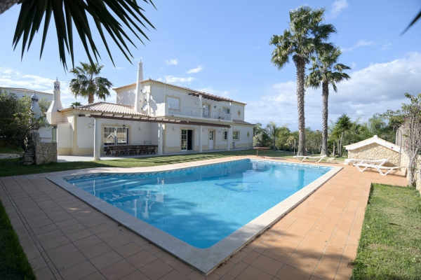 Villa_for_sale_in_Quarteira, Vilamoura, Almancil, Vale do Lobo, Quinta do Lago_EMA12957