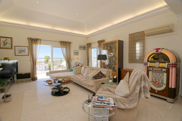 House_for_sale_in_Vilamoura_ema12963