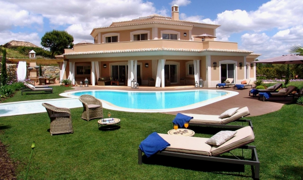 Villa_for_sale_in_Vilamoura_EMA12965
