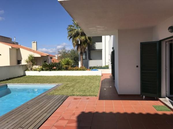 Villa_for_sale_in_Cascais, Estoril, Parede, Carcavelos_SLI13043