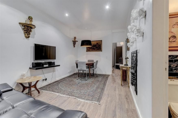 Flat_for_sale_in_Lisbon_sjo13187