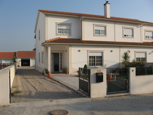 Imobiliário - Vendas - Casas - Spacious Semi-detached villa in Countryside with views. - ID 5375