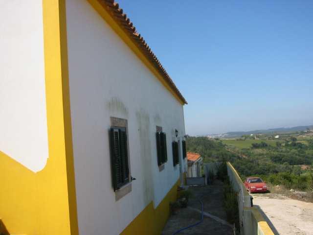 Imobiliário - Vendas - Casas - Old house under renovation near Obidos - ID 5357