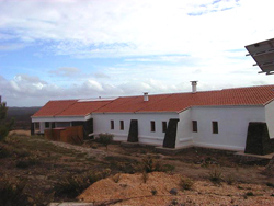 Imobiliário - Vendas - Guesthouses & Bed And Breakfasts - Guesthouse, FARM – Algarve Dimensions: 51 acres / 20,54 hectares, covered area approx.500m2 - ID 6791