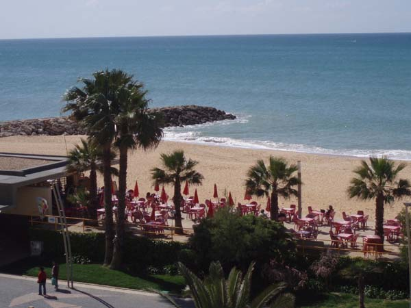 Quarteira - Real Estate - Sales - Apartments - Three Bedroom Beach Front Apartment - ID 6152