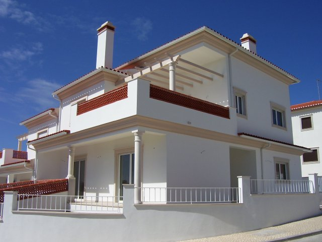 House_for_sale_in_Nazare_LBA277