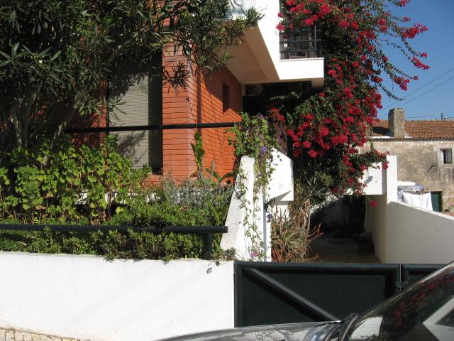 Imobiliário - Vendas -  Moradias - 5 Bedroom Modern Detached Villa - ID 5789