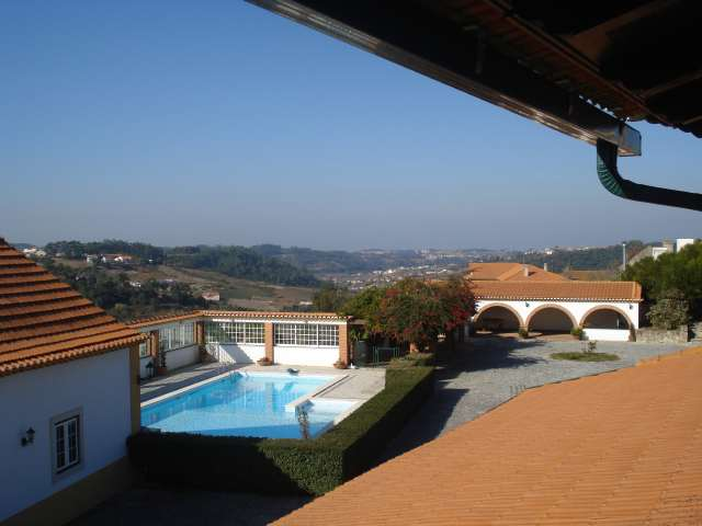 Imobiliário - Vendas - Casas - Beautiful 5 Bed Farm in Paradisiacal Location - Silver Coast Portugal - ID 4723