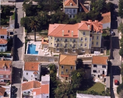 Estoril - Imobiliário - Vendas - Escritorios & Lojas & Comercio - Hotel with 26 bedrooms in Estoril, 500m from the beach quite area but very central, near casino and cascais - ID 6702