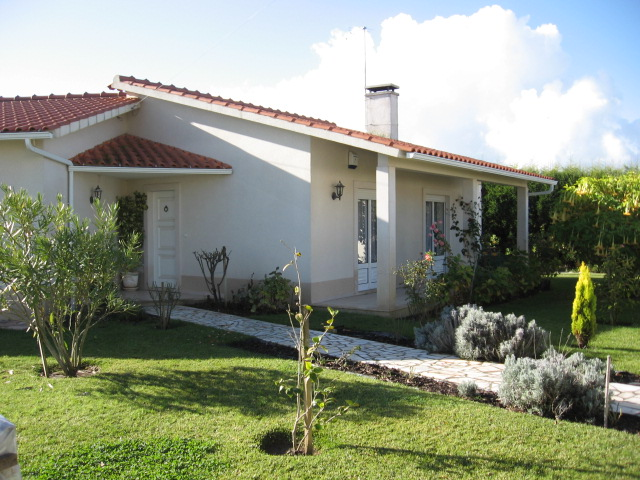 Imobiliário - Vendas - Casas - Detached Villa with exceptional landscaped garden in peaceful countryside. - ID 5299