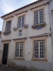 Imobiliário - Vendas - Casas - Charming old-style two-storey house -ready to move in - in the centre of a lovely village. - ID 5298