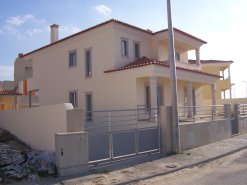 Imobiliário - Vendas - Casas - New built 3 bedroom House 5 minutes from the beach - ID 5289