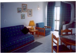 Imobiliário - Vendas - Apartamentos - Portugal Silver Coast - Great Villa in Praia Del Rey - ID 6182