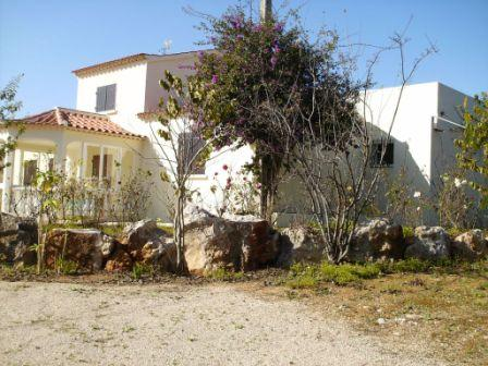 Olhao - Imobiliário - Vendas - Guesthouses & Bed And Breakfasts - Guest House, 3 houses, 40000m2, Moncarapacho – Algarve, pool, ready to move in... - ID 6788