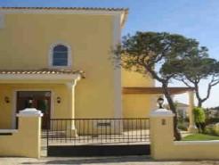 Imobiliário - Vendas -  Moradias - Great Villa with stunning views - Portugal Real Estate - ID 4524