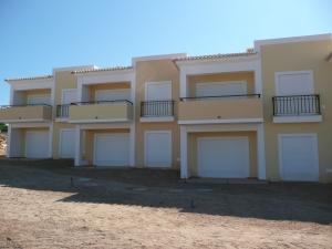 Imobiliário - Vendas - Apartamentos - Amazing 2 Bedroom Apartment in Carvoeiro - ID 5988
