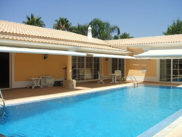 Imobiliário - Vendas - Casas - 0ne Level Four bedroom villa located in quite area in Almancil - GOLDEN TRIANGLE PROPERTY - ID 5076