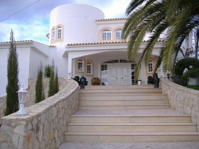 Imobiliário - Vendas - Casas - High Standard Three Bedroom Villa set on 1600m2 in Loule- PRESTIGE PROPERTY - ID 5044