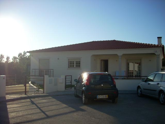 Imobiliário - Vendas - Casas - Three bedroom Villa in a peaceful countryside setting. - ID 4940