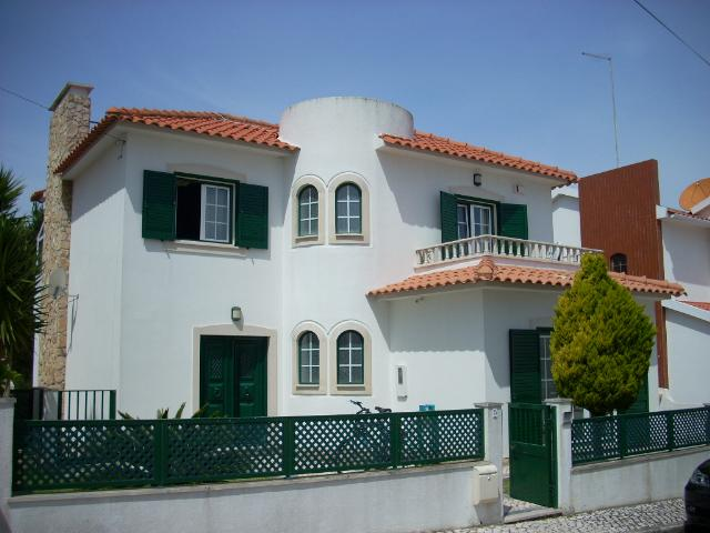 Imobiliário - Vendas - Casas - 4 Bedroom Villa with swimming pool and sea views. - ID 4891