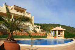 Imobiliário - Vendas - Casas - Great coast line 4 bedroom villa plus 2 bedroom self contain Apartment - ID 4874