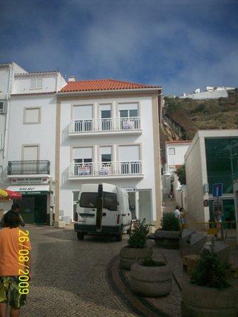 Imobiliário - Vendas - Apartamentos - Real Estate Portugal - New 1 bedroom apartment in the center of Nazare - ID 5920