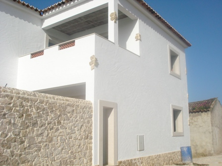 Imobiliário - Vendas - Casas - Silver Coast Portugal - Nice traditional villa to finish - ID 4843