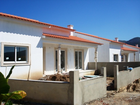 Imobiliário - Vendas - Casas - Big Opportunity to develop 3 plots in Vale do Lobo - ID 6556