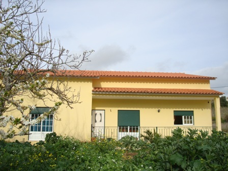 Imobiliário - Vendas -  Moradias - Portugal silver Coast - Large Detached 3 Bed Villa close to Caldas da Rainha - ID 5630