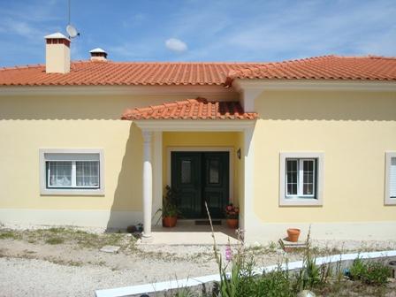 Imobiliário - Vendas - Casas - A Luxury Boutique style Guesthouse within walking distance of the beach of Senhora da Rocha - ID 6713