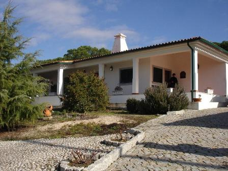 Imobiliário - Vendas -  Moradias - Traditional Villa in centre of Portugal - ID 5598